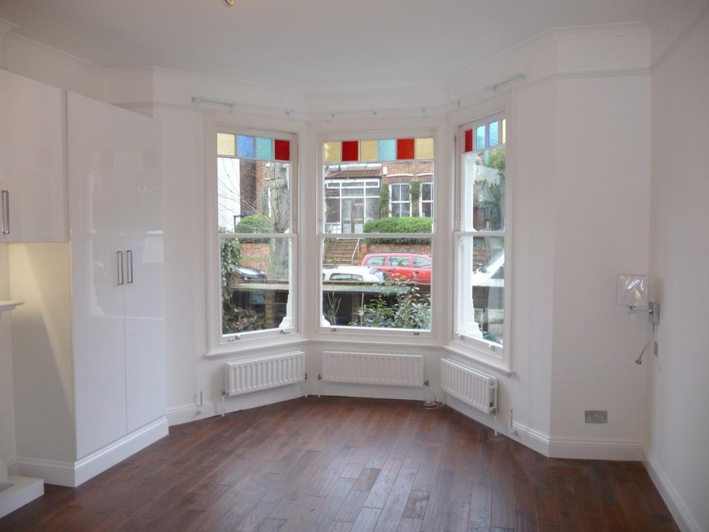 8 - windows-decorating-repairs-sash